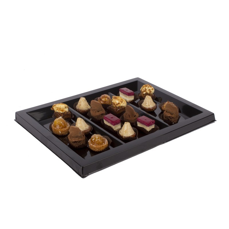 Assorted selection of Petitfours (18 units)
